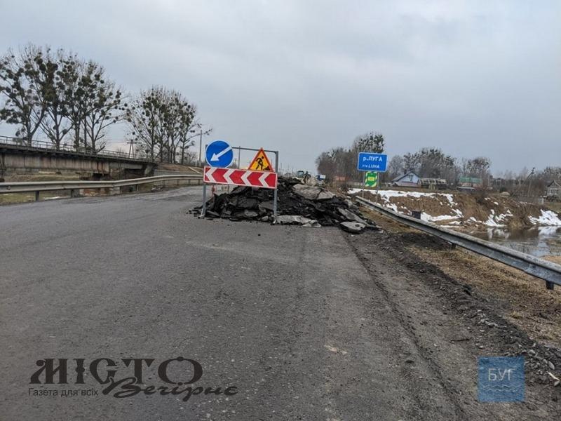 На мосту між Володимиром і Устилугом трапився обвал, постраждали 5 працівників, які здійснювали ремонт
