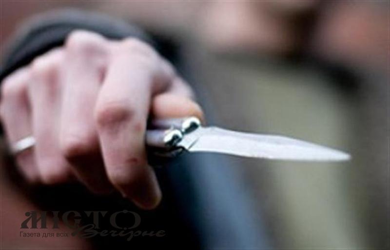 У Володимир-Волинському районі ножем поранили неповнолітнього