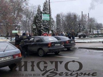 У Нововолинську автівка збила двох пішоходів
