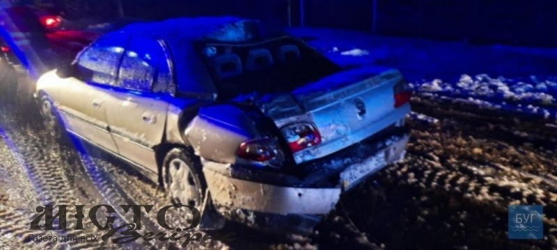 У Володимирі водій Opel зніс електроопору