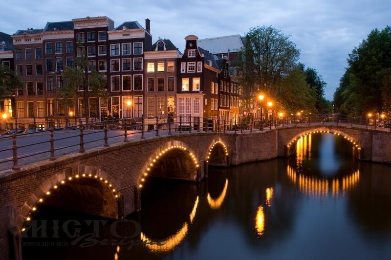 В Амстердамі хочуть заборонити продаж легких наркотиків туристам