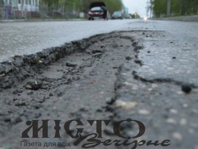 Міський голова назвав вулиці Володимира, які потребують ремонту