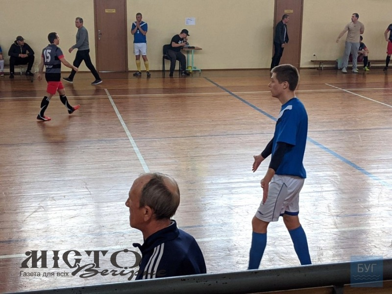 У Володимирі проводять турнір з футзалу серед військовослужбовців