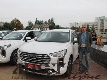 Сільські амбулаторії на Волині одержали нові автівки
