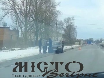 У Нововолинську велосипедист потрапив під колеса легковика