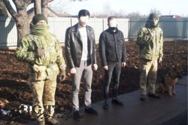 На Волині затримали росіянина та білоруса, які хотіли незаконно пробратися в Польщу