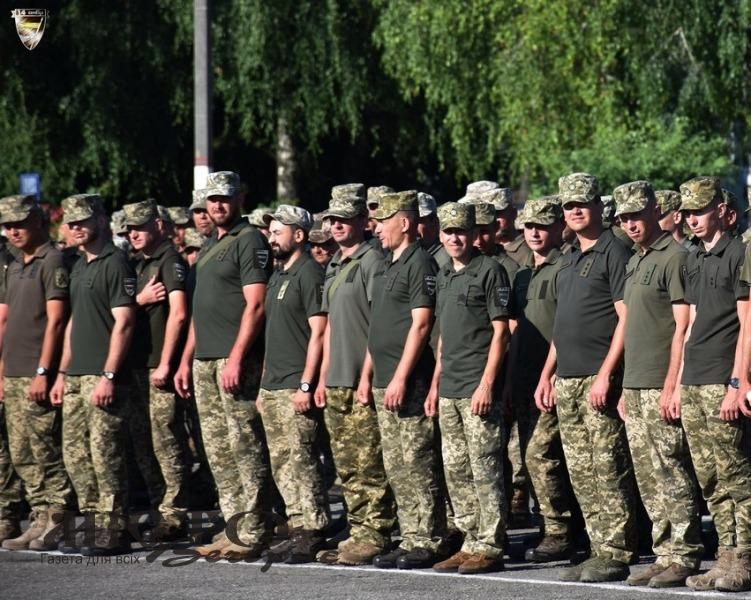 Понад 20 офіцерів 14 ОМБр отримали військове звання «старший лейтенант»