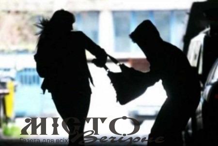 У Нововолинську неповнолітній влаштовував розбої на території лікарні