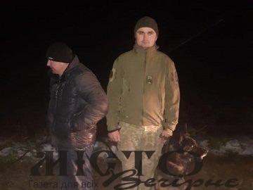 На Волині розшукали чоловіка, що блукав у лісі