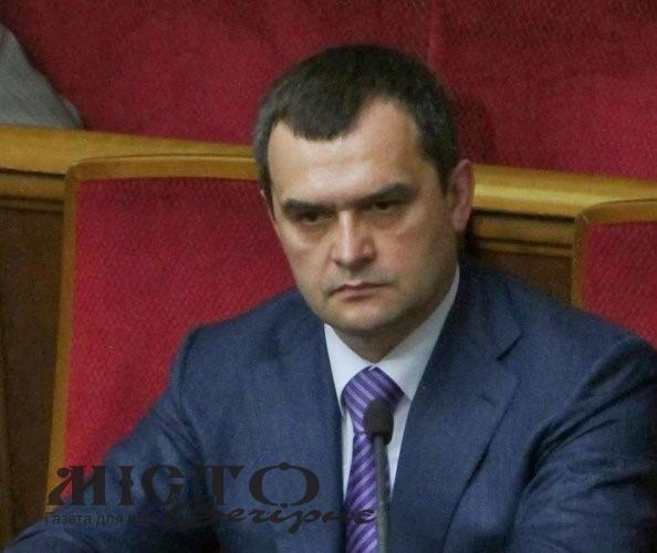 РНБО ухвалила найсуворіші санкції проти 10 експосадовців, які зрадили Україну