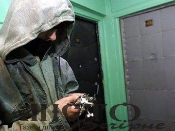 Волинянин обікрав квартиру, підібравши ключ до дверей