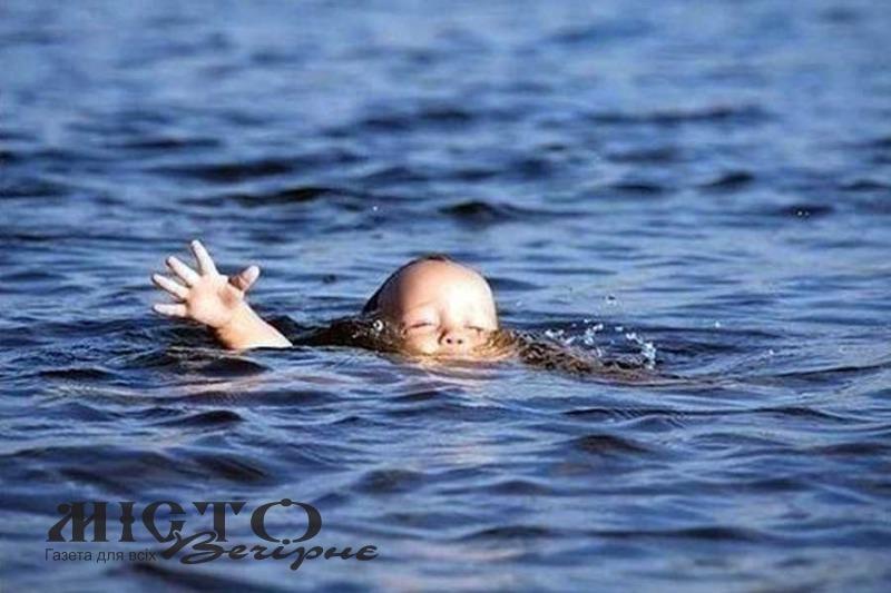 На Волині у ставку потонула 2-річна дитина
