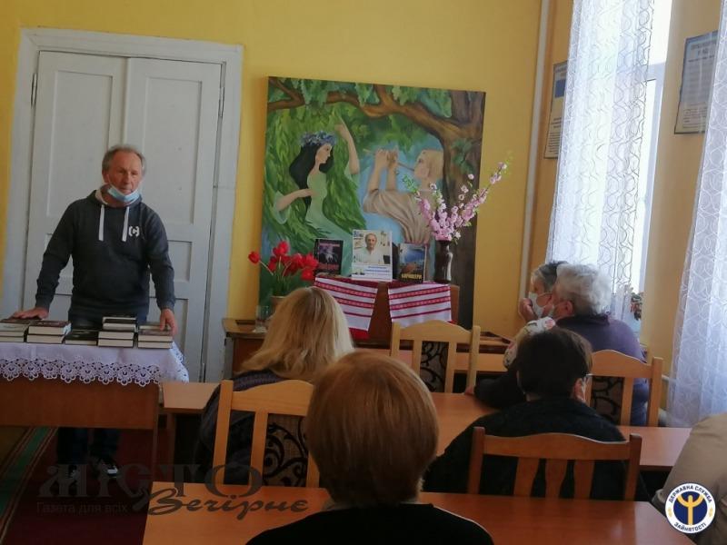 У Володимирі відбулася зустріч із письменником Володимиром Шовкошитним
