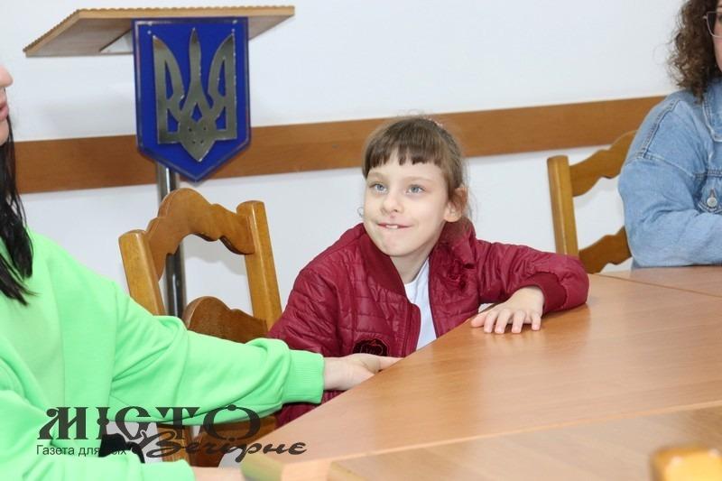 """У Володимирі провели урок благодійності у """"Школі маленьких гідів"""""""