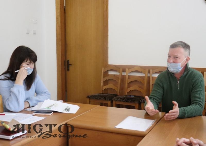 """У Володимир-Волинській міській раді розглянули питання щодо подальшої діяльності ТЦ """"Роксолана"""""""