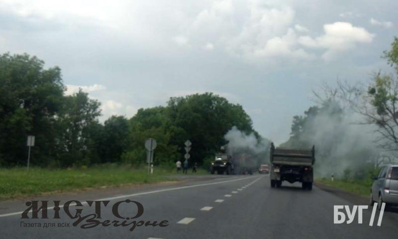 На в'їзді до Володимира загорілося авто