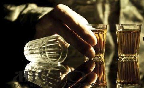 На території Володимира людям у військовій формі до кінця 2021 року не продаватимуть алкоголь