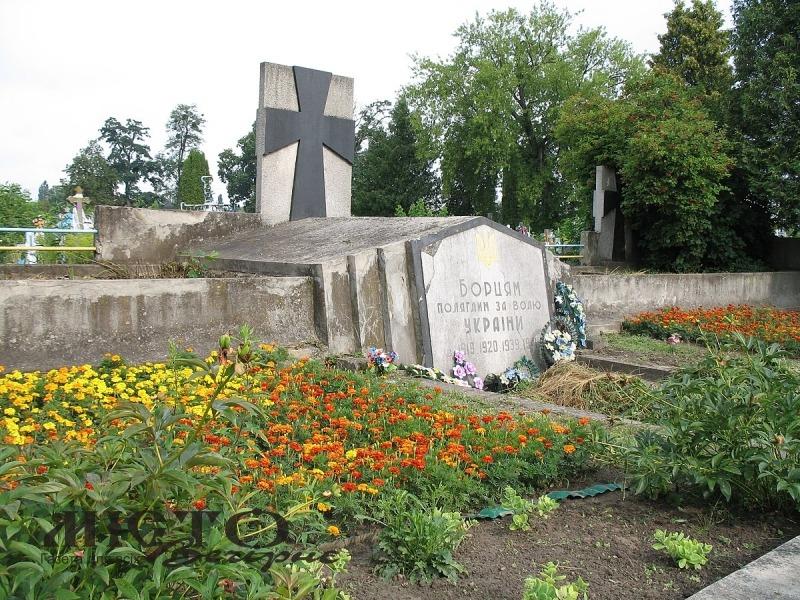 На території Володимир-Волинської громади проводитимуть благоустрій кладовищ та пам'ятних знаків