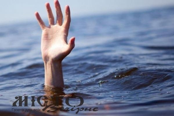 19-річний волинянин втопився під час нічного купання у Тернополі