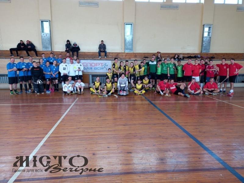 У Володимирі-Волинському відбувся турнір з флорболу «VIP запрошує друзів»