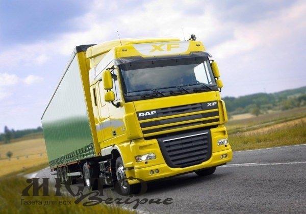 В Україні обмежать рух вантажівок у спеку