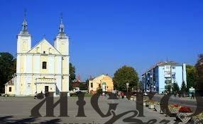 Проводять консультації щодо комунальних мереж під площею у Володимирі