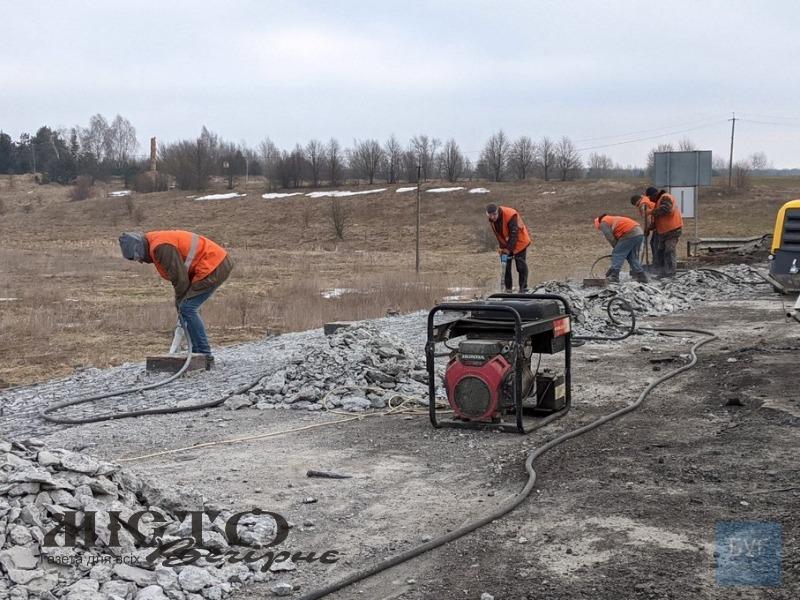 Поліція з'ясовує обставини та причину обвалу мосту на дорозі Володимир-Устилуг
