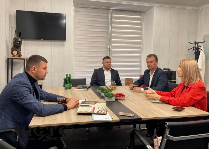 У Києві обговорили перспективи розвитку туризму у громадах Нововолинська та Володимира