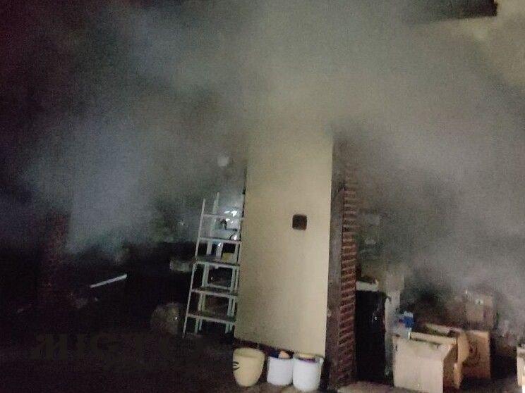 Вночі зайнялася пожежа в одному з будинків Нововолинська