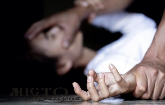 У Краматорську чоловік посеред вулиці намагався зґвалтувати 13-річну школярку