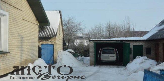 У Володимир-Волинському районі спіймали злодія, який хотів викрасти авто з гаража