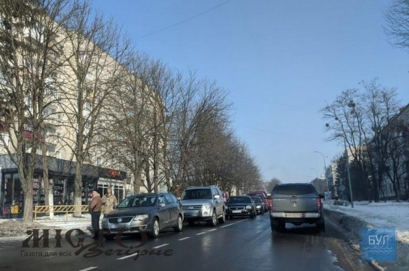 У Володимирі трапилась невелика автомобільна аварія