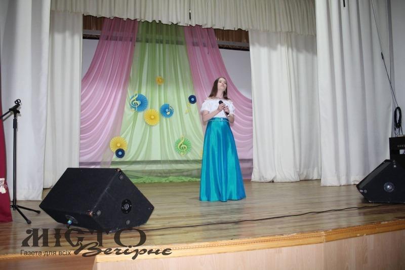 """У Володимирі відбувся фінал пісенного конкурсу """"Юні голоси"""""""