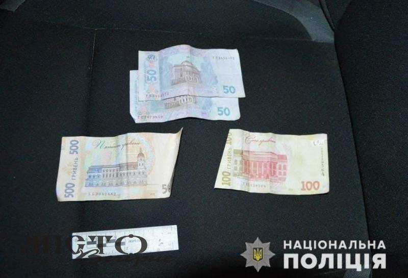 За хабар поліцейським мешканець Володимир-Волинського району сплатить 17 тисяч гривень штрафу