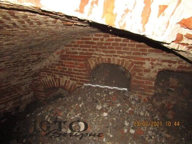 У Володимирі чекають на науковий висновок щодо знайденого підземелля XVIII століття