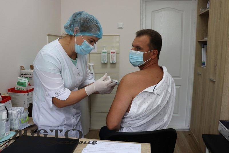 Міський голова Володимира Ігор Пальонка вакцинувався від COVID-19