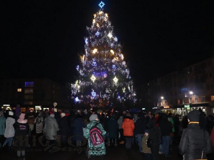 У Володимирі планують встановити штучну ялинку на Різдво та Новий рік