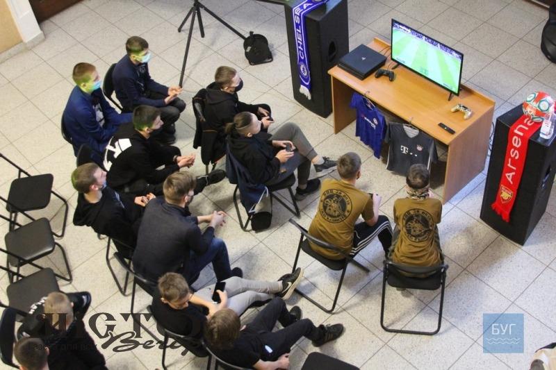 Володимирські рейнджери влаштували чемпіонат з FIFA 2020