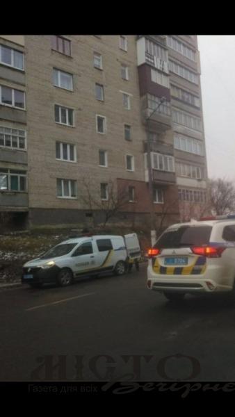 У Нововолинську два екіпажі поліції втихомирювали агресивного водія