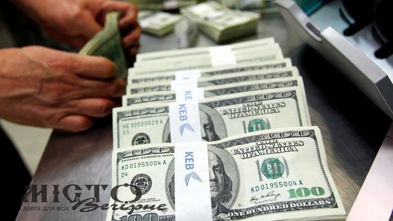 Кабмін готує безвідсоткові кредити для українських заробітчан