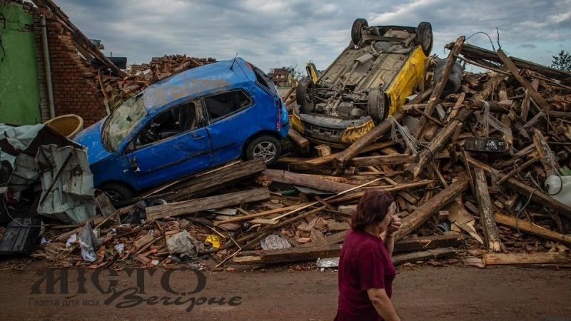 У Чехії померла маленька дитина, що постраждала від торнадо