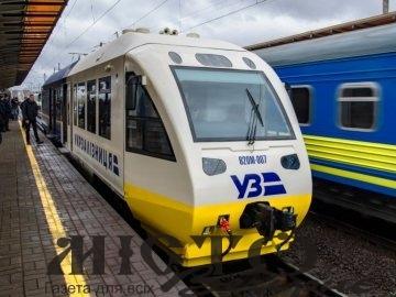 В Укрзалізниці обіцяють у 2021 році покращити пів сотні вагонів