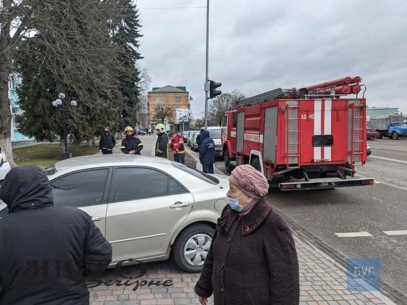 У Володимирі умовно замінували приміщення міської ради