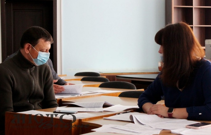 У Володимирі депутатська комісія провела попереднє обговорення чотирьох проєктів регуляторних актів
