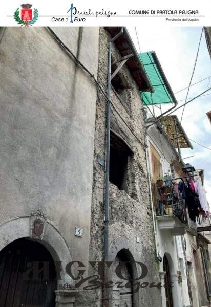 В Італії влаштували розпродаж будинків по 1 євро