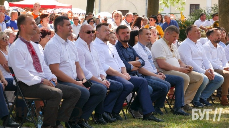 У Володимирі делегації гостей відвідали Узвіз