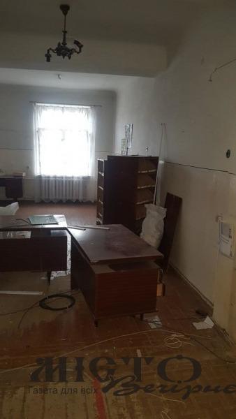 У Нововолинську через аукціюн визначать орендаря комунального приміщення