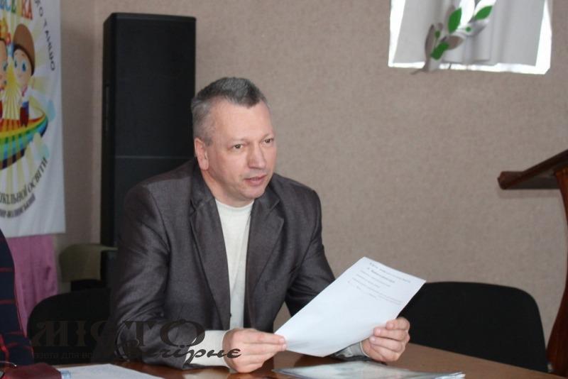 Мер Володимира відреагував на скандал з безакцизними цигарками в автомобілі директора ЦПО