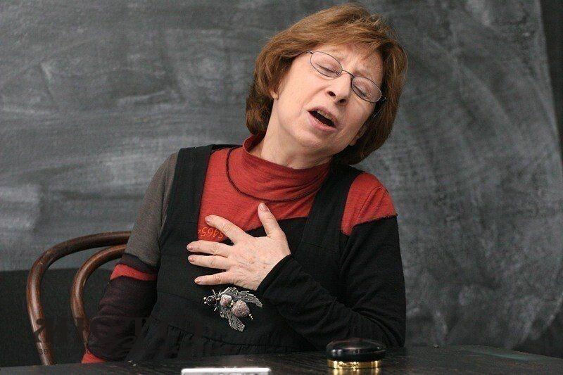 Відому українську актрису госпіталізували з коронавірусом