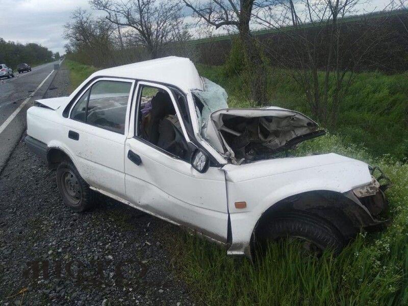 У Миколаївській області вантажівка розчавила легковик